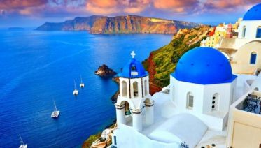 Jewels of the Cyclades: Naxos and Santorini