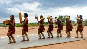 Kalahari Bushmen & Botswana Tribes Express Camping Safari 2D/1N