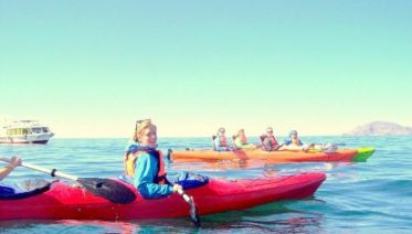Kayaking at Lake Titicaca in Puno