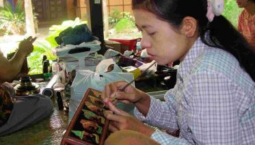 Lacquerware Painting In Bagan (1-Hour)