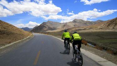 Lhasa to Kathmandu Mountain Bike Tour