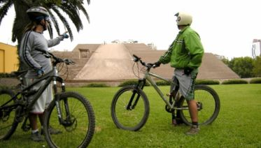 Lima Bay Private Bike Tour