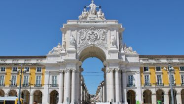 Lisbon Sightseeing: Full-day Private Tour