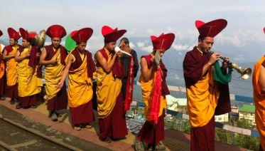 Local Cultural Interactive Tour In Darjeeling & Sikkim