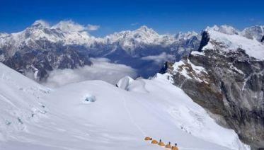 Lumding Valley & Teng Kangpoche Peak with Soren Kruse Ledet
