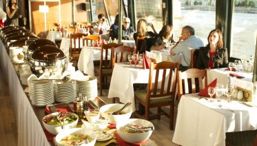 Lunch & Cruise On The Danube
