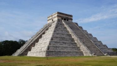 Lupita Ways (from Cancun)