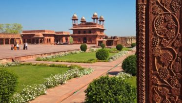 Magical Rajasthan With Varanasi, 11 Days Tour