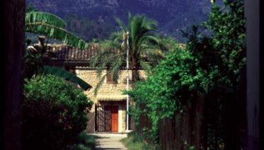 Majorca: Sierras and Monasteries