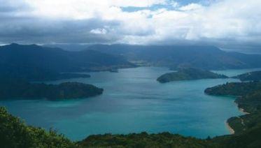 Marlborough Sounds And Abel Tasman Trails