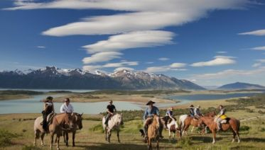 Nibepo Aike Ranch with Horse Riding from El Calafate