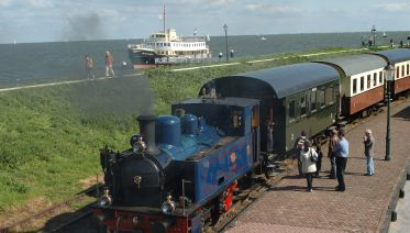 North Holland by Steam Train & Ship Full Day Tour