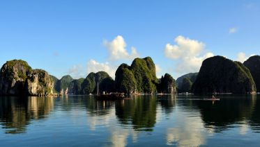 Overnight Bai Tu Long Bay and Halong Bay Cruise