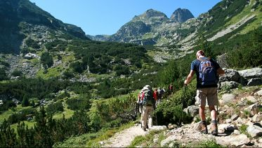 Peaks and lakes of the Pirin and Rila mountains: Trekking