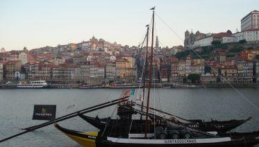 Porto Walking Tour & Food Tasting