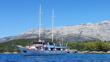 Premium Sailing Experience   Split to Dubrovnik