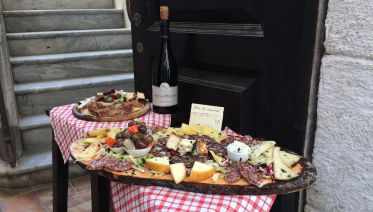 Private Syracuse Food & Wine Walking Tour