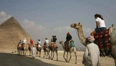 Private Trip To Giza Pyramids And Sphinx + Ride Camel