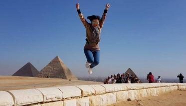 Pyramids tour from Cairo