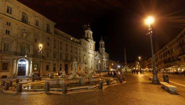 Rome By Night Illuminated Tour