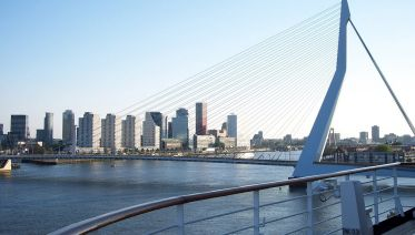 Rotterdam Private Walking Tour and Harbour Cruise