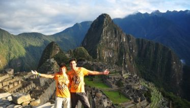 Sacred Valley Trek To Machu Picchu 2D/1N