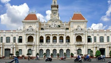 Saigon half-day small group tour