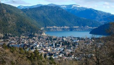San Martin De Los Andes by the Seven Lakes from Bariloche