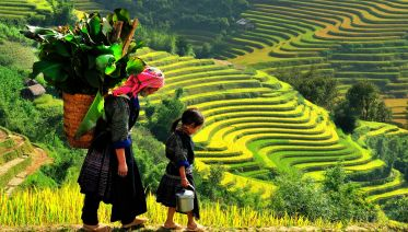 Sapa - Bac Ha Market Tour - 3 Days