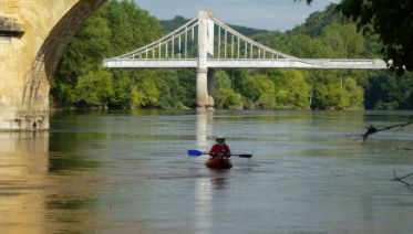 Self-Guided Canoeing on the Dordogne