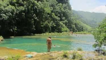 Semuc Champey & Kanba Caves Tour