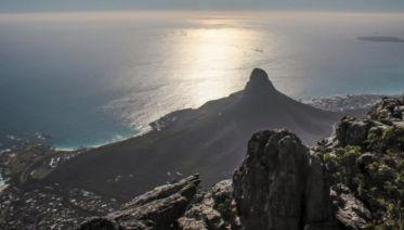 Serengeti, Falls & Cape Town Adventure