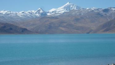 Shangri-La Tour Of Tibet