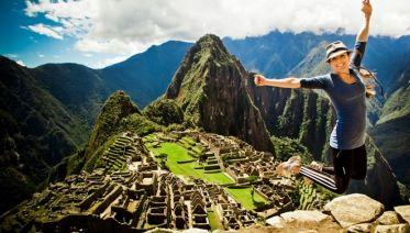 Short Inca Trail And Machu Picchu Tour
