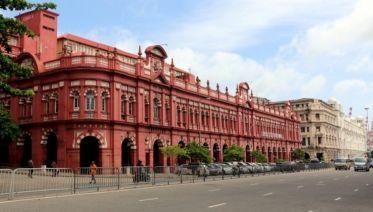 Sightseeing In Colombo On Tuk Tuk