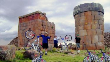 Sillustani Bike Adventure Tour in Puno