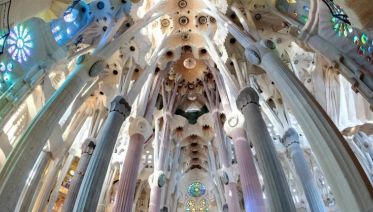 Skip-the-Line: Guided La Sagrada Familia Tour