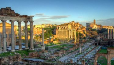 Skip-the-Line Ticket Private Colosseum & Roman Forum Tour