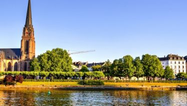 Springtime in Holland, the Romantic Rhine Valley and the Danube (port-to-port cruise)