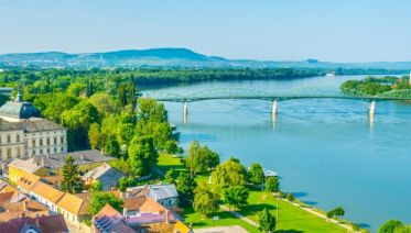 The beautiful blue Danube, its Delta and the Balkan peninsula (port-to-port cruise)
