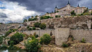 Toledo On Your Own: Tourist Bracelet and Zip Line