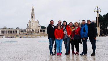 Tour of Fátima, Óbidos, Batalha and Nazaré
