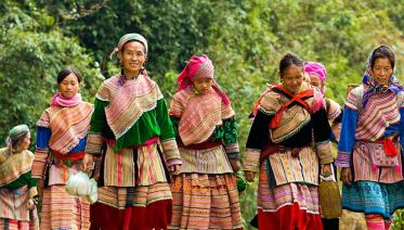 Tour Sapa - Bac Ha Market 2 Days 1 Night