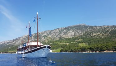 Traditional experience: Dubrovnik to Split