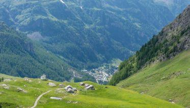 Trekking The Tour De Monte Rosa