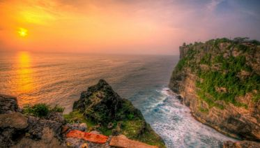 Uluwatu Temple & Sunset Tour
