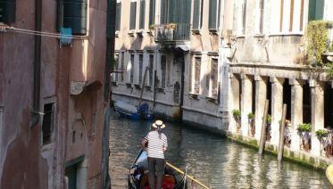Venetian Villas And Vineyard Cycling