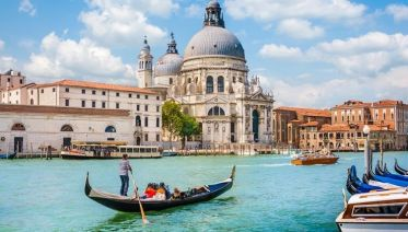 Venice Walking Tour & Gondola Experience