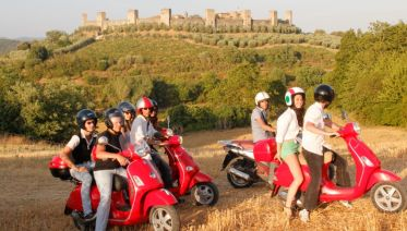 Vespa & Chianti Tour from Pisa