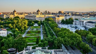 Vienna Sightseeing Tour From Budapest